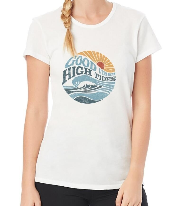 9746b5d8 Aliexpress.com : Buy PUDO JBH 2018 NEW Good Vibes High Tides Graphic Tee  Women Blogger Grunge Aesthetic T Shirt Cute Summer Top from Reliable  T-Shirts ...