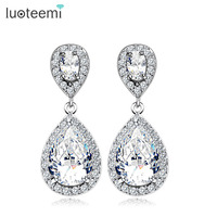 Yiwu Jewelry Wholesale Hot Popular Clear Cubic Zirconia Earrings Teardrop Shape