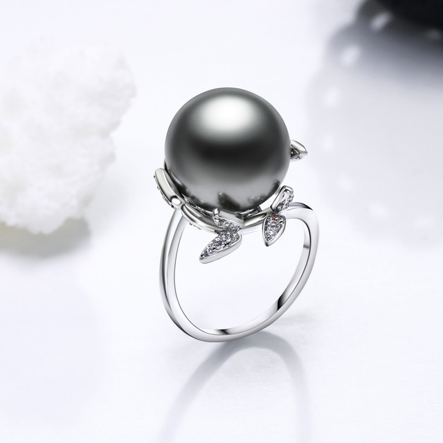 Flower Shaped Party Ring for Women