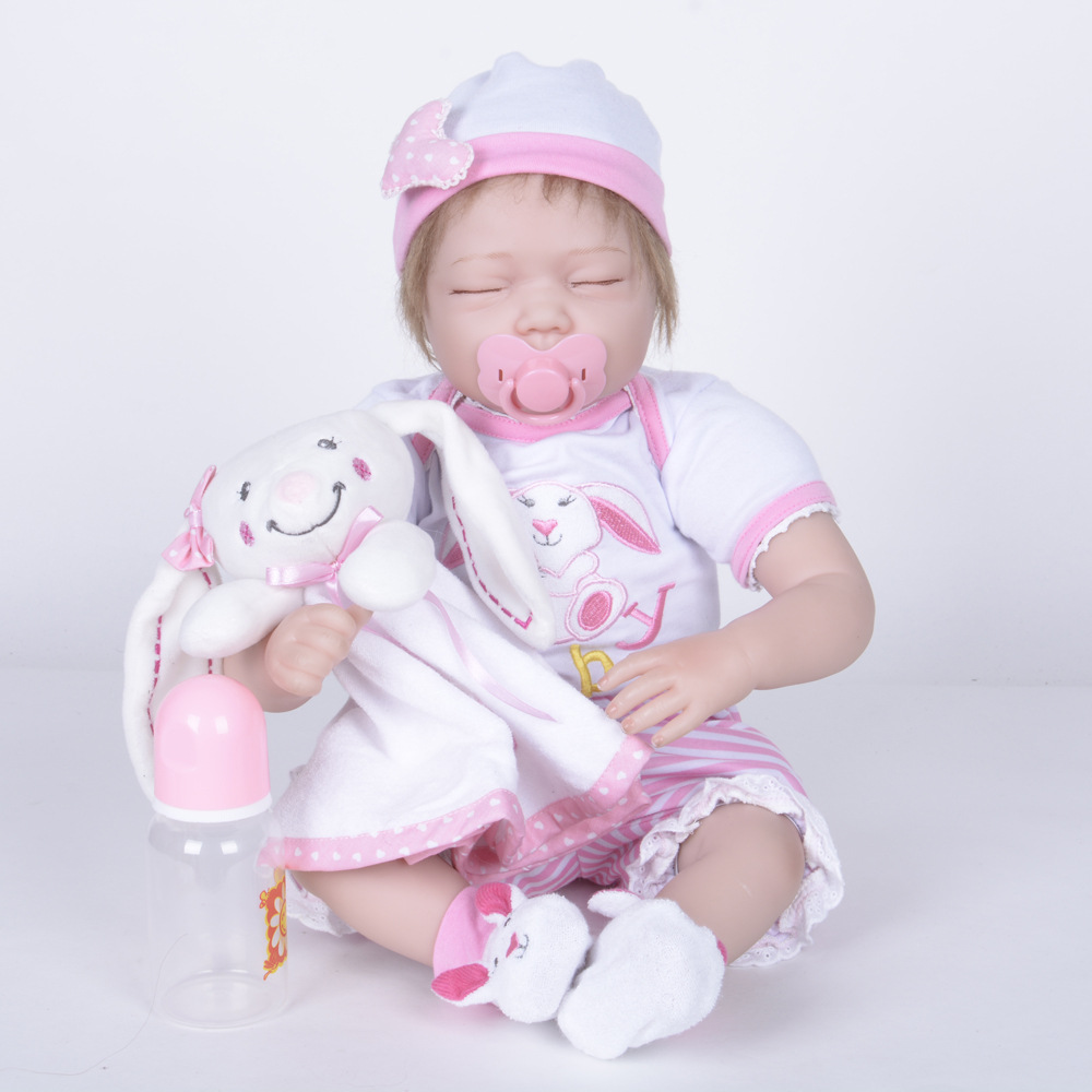 55cm Reborn Closed Eyes Baby Doll Lifelike Girl Doll Soft Silicone Newborn Doll with Cloth Body Toy For New Year Xmas Gift new year merry christmas gift 18 american girl doll with clothes doll reborn silicone reborn baby doll our generation doll