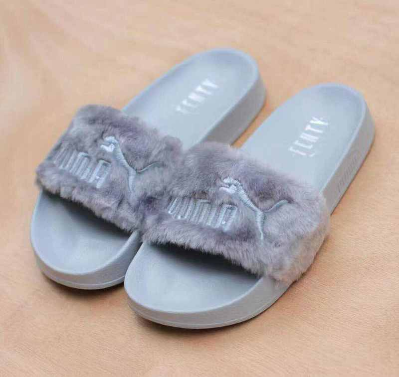 the latest 7fb3c 70ad3 US $34.14 |20182018 New PUMA X Rihanna Fenty Leadcat Fur Slide Unisex  /Men's / Women's Badminton Shoes Size 35.5 44-in Badminton Shoes from  Sports & ...