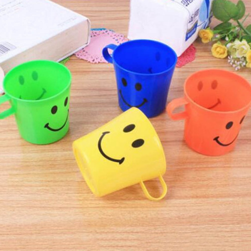 6Pcs/Lot Cute Kids Plastic Smile Face Drinking Cups With Handle Children Water Cup Random Color