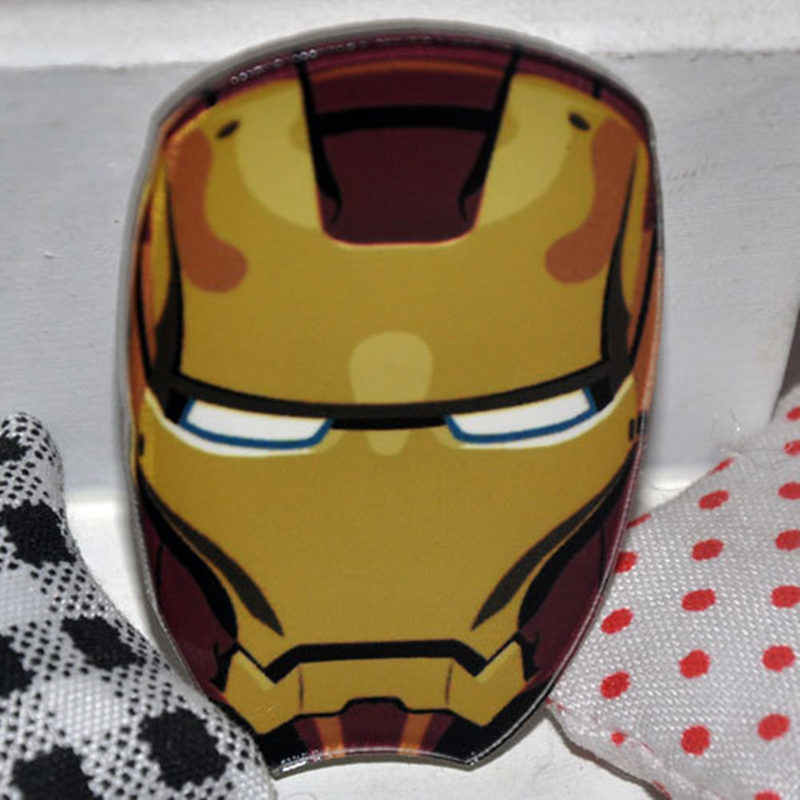1PCS Iron man Head Cartoon Anime Harajuku Icons Badges Acrylic Pins Brooch Bags Clothes accessories Boy's birthday gift