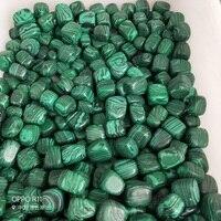 100g 10 13 sztuk malachit kryształ z przewagą materiału Rock spadł kamienie kostki kolekcjonerska spadł kamień do dekorowania Chakra Healing feng shui decortion w Kamienie od Dom i ogród na