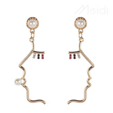 Unique Design Face Jewelry Irregular Shape Alloy Drop Dangle Earrings For Women Trendy Pearl Long Pendant Earring Party Jewelry