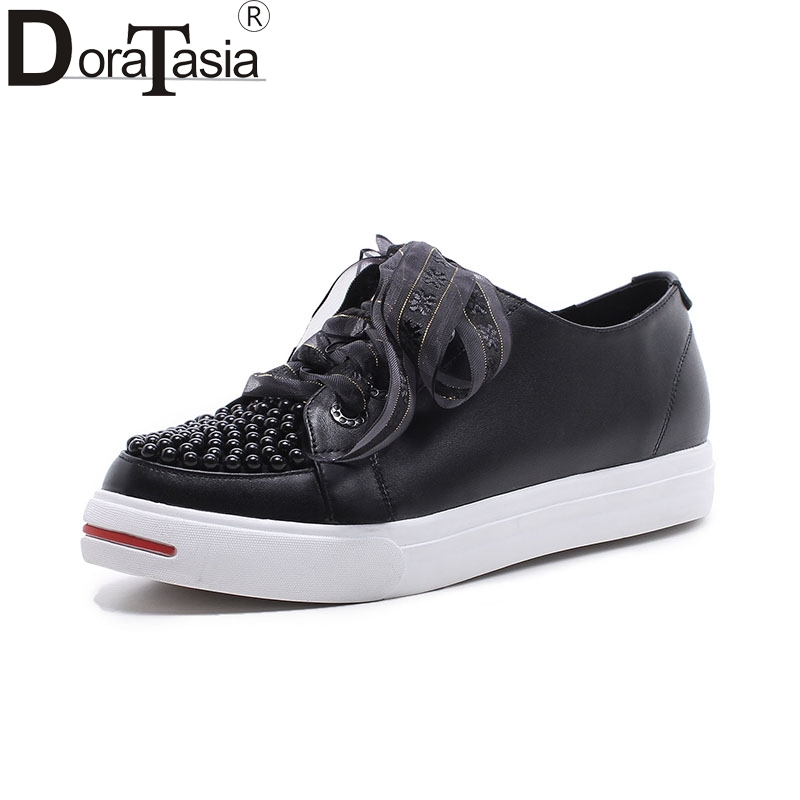 DoraTasia   2018 hot sale size 33-40genuine leather Flats Shoes Woman black white Casual beading loafers Women Shoes footwear 2016 new arrival woman flats genuine leather white women casual shoes platform hot sale designer flat shoes drop shipping