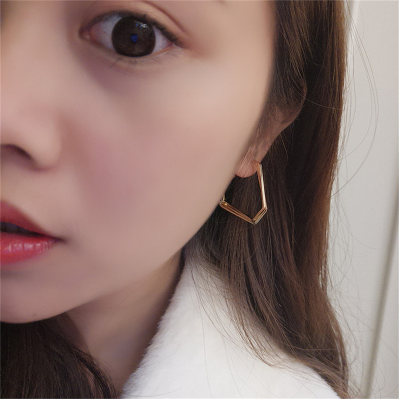 Europe America Vintage Anti allergy Irregular Geometric Triangle Simple Hoop Earrings Fashion Jewelry LAF in Hoop Earrings from Jewelry Accessories