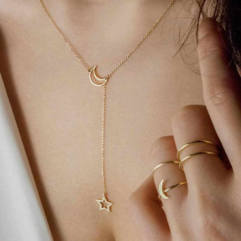Korean Fashion Jewelry Moon Star Clavicle Chain Woman's Short Necklace Jewelry Accessories Wholesale Necklaces & Pendants