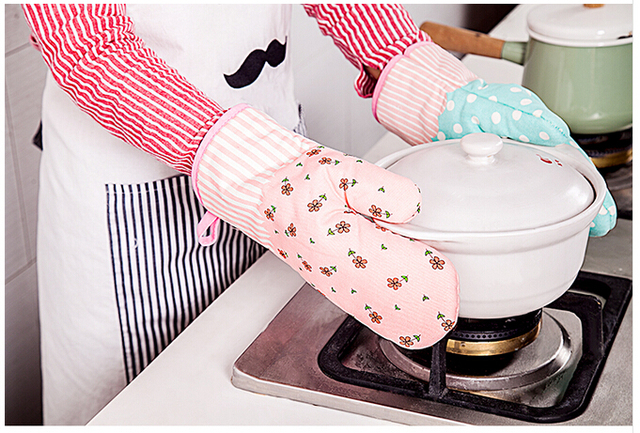 kitchen mittens remodeling a small cotton oven mitts gloves microwave glove accessories
