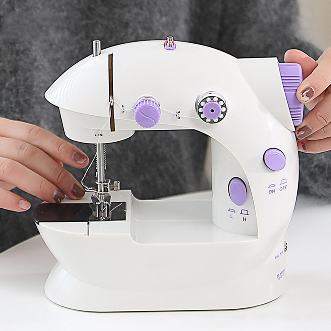 Mini Household Sewing Machine Hand Machine To Sew Speed Adjustment with Light Handheld Double Threads Sewing Machine