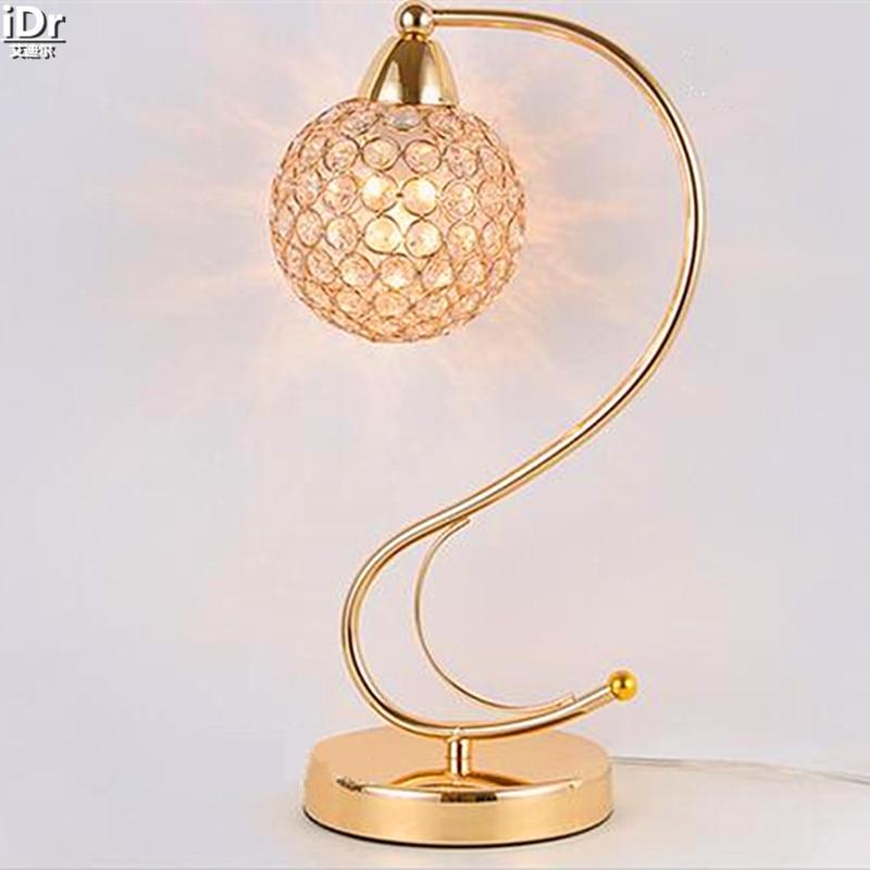 online kaufen gro handel moderne gold tischlampe aus china. Black Bedroom Furniture Sets. Home Design Ideas