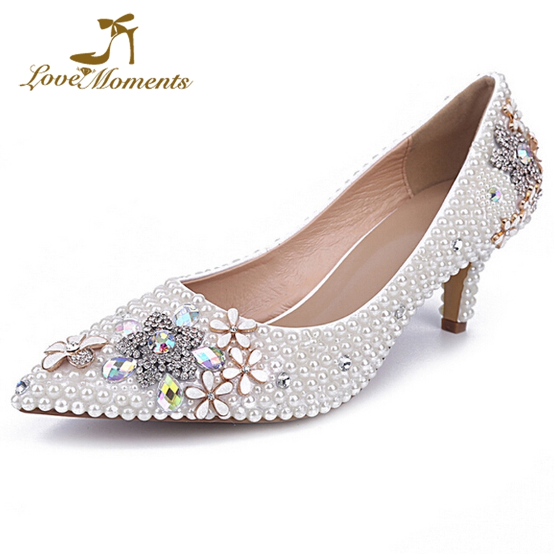 Rhinestone Star and Alloy Flower Wedding Shoes White Pearl Pointed Toe Evening Dancing Party Shoes Comfortable Kitten Heel Pumps rhinestone alloy star necklace