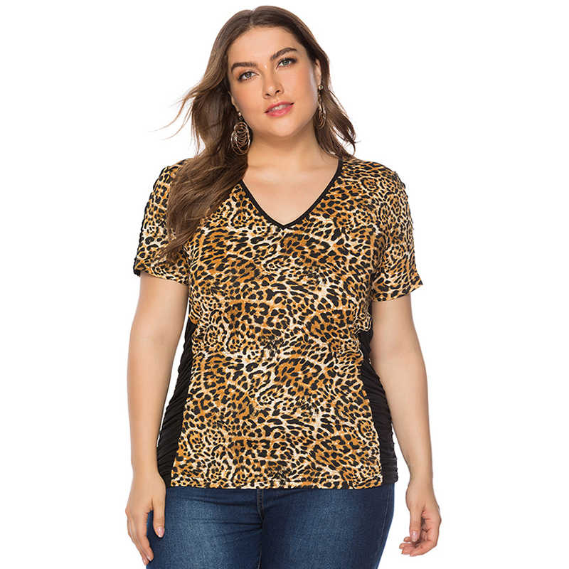 Wipalo Women Fashion Plus Size V-Neck Leopard Print T-Shirt Short Sleeves Casual Summer Tee Tops Ladies Big Size 5XL Tops 2019