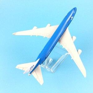 Image 5 - משלוח חינם 16CM 747 KLM מתכת סגסוגת דגם מטוס מטוסי דגם מטוס צעצוע מתנת יום הולדת