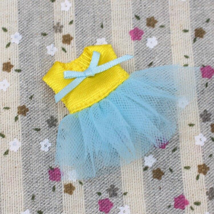 Petite Blythe Doll Dress 2