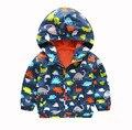 Nuevos Niños del otoño Chaqueta Para Niños Dinosaurio de Impresión Bebé ropa de Abrigo y Abrigos 2-7 Años Los Niños Rompevientos Impermeable ropa