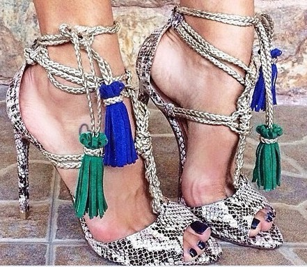 цены на Hot Selling Snake Print Leather Lace-up Strap Sandals High Heel Cut-out Gladiator Sandals Boots For Women Size 34-42 Drop Ship в интернет-магазинах