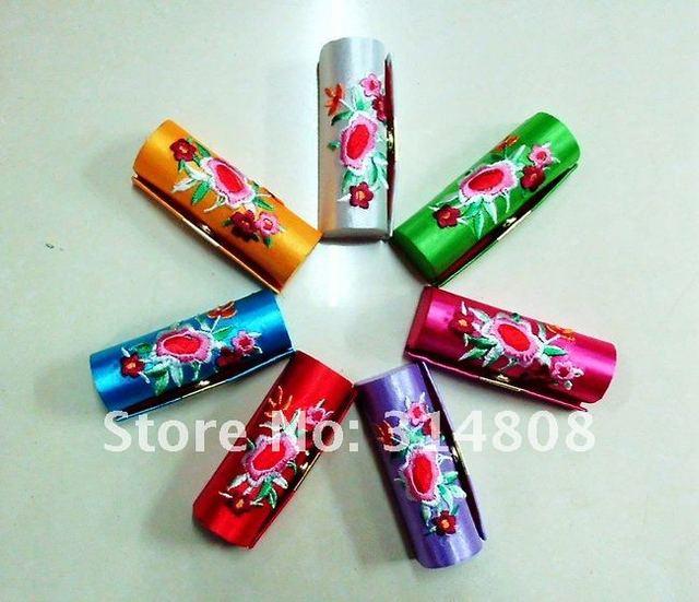 Free shipping! Lot of 60pcs CHINA HANDMADE SILK LIPSTICK BOX CASES
