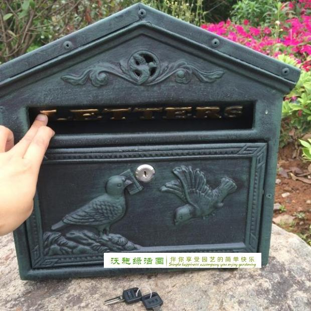 Cast Iron Mailbox Postbox Mail Box Dark Green Wall Mount Metal Post Letters Box Garden Yard Patio Lawn Outdoor Decor