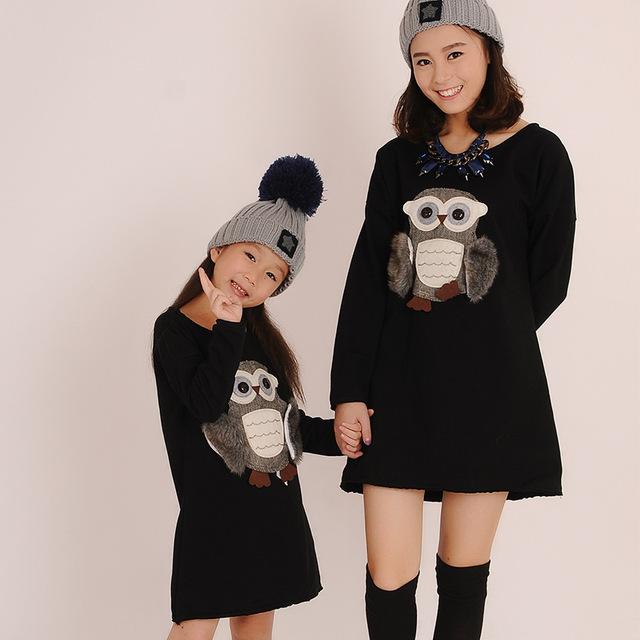2015 autumn & winter Niños Búho Animal Deporte Ropa vestido largo camiseta para la madre y la hija vestido de Paño de Suéter para niños