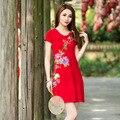 Verão Mulheres de Grande Porte Elegante Vermelho Preto Bordados de Flores de Manga Curta Em Torno Do Pescoço Casual Elástica vestido de Festa Sexy Mini Vestido