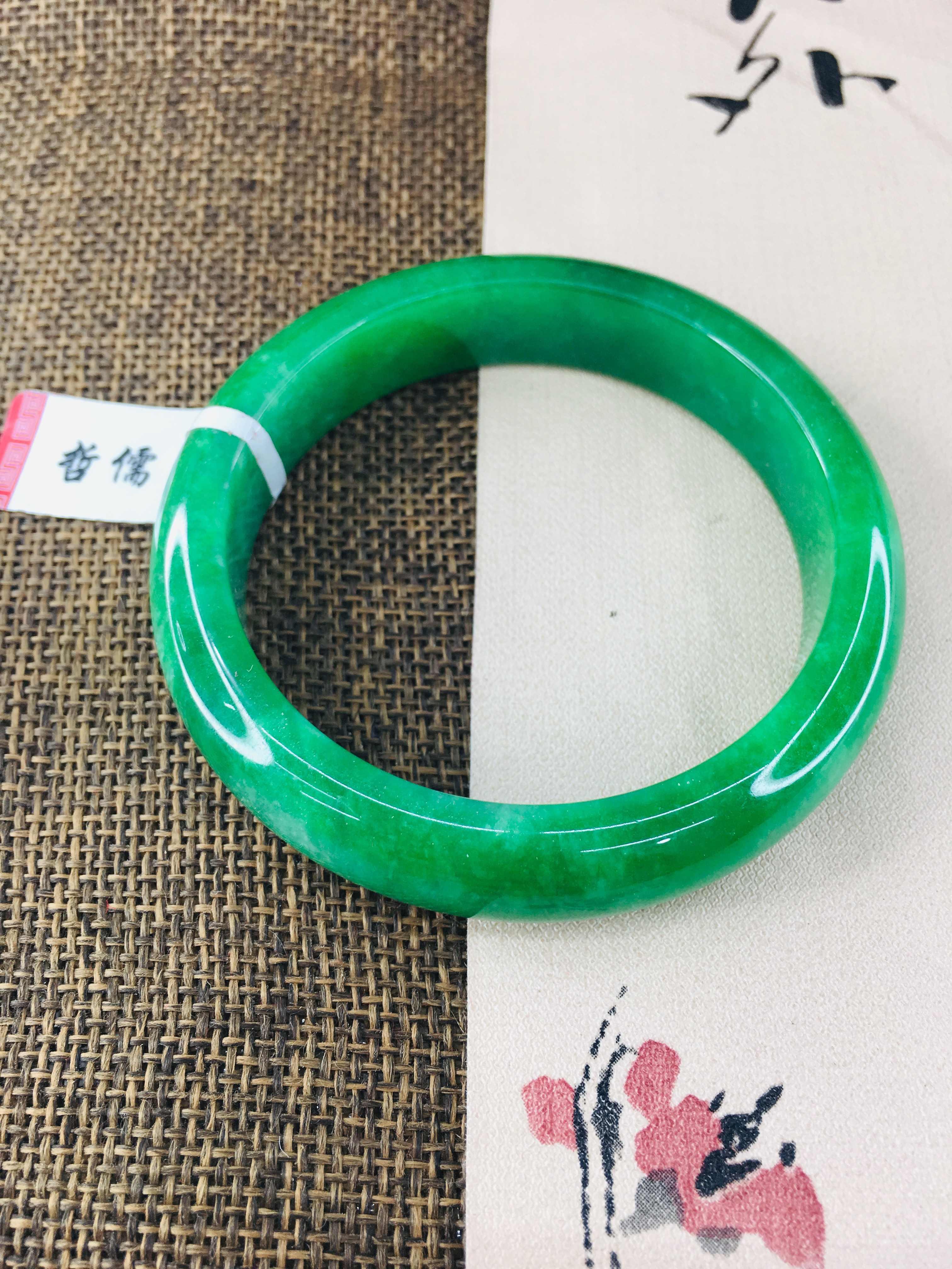 Zheru เครื่องประดับธรรมชาติ Jadeite สร้อยข้อมือ noble green 54-62 มม.หญิงเจ้าหญิงหยกสร้อยข้อมือของขวัญ