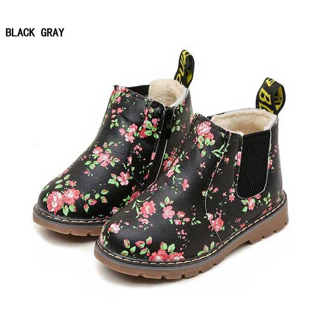 Kids Ankle Boots Girls Boys Floral Print Chelsea Boots With Velvet Warm Martin  Boots Children Winter Shoes Footwear 2018 078461f73ccc