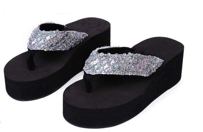 Serin yaz moda terlikler yüksek platformu sünger ile antiskid terlik payetler ile takozlar plaj flip-flop