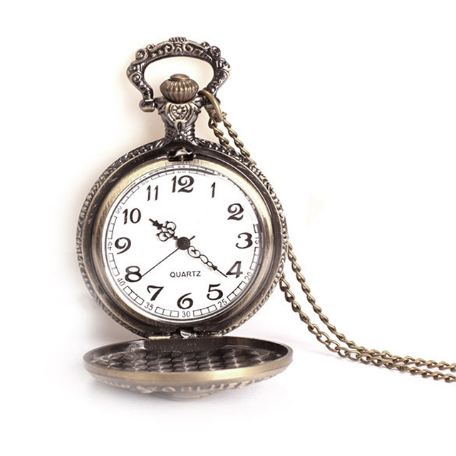 2017 New Hot Sell Pirate Cross Skull Head Watchcase Pocket Watch Quartz Bronze Fashion Clock A1  PT
