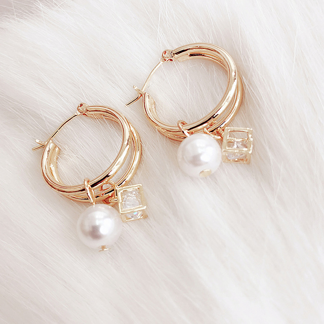 Vintage Round Dangle Double Metal Pearl Square Earrings