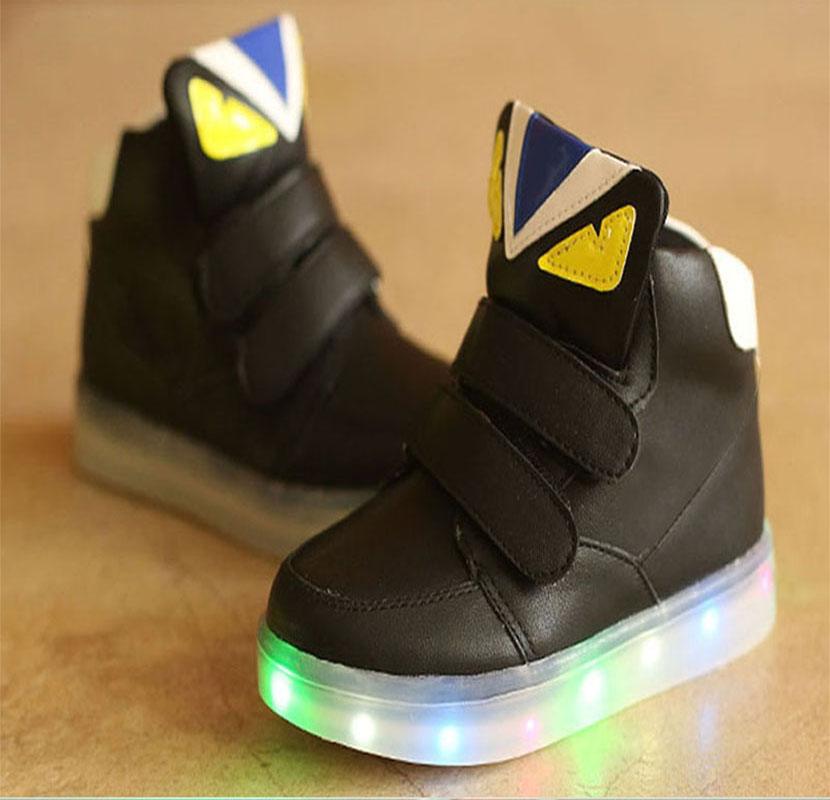 2018 European Cool LED colorful boys girls boots hot sales lighted baby sneakers casual Elegant cartoon style baby shoes