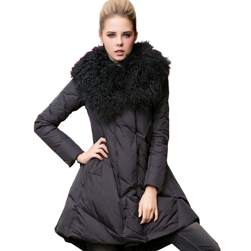 2018 new winter women A-Line duck   down   jacket cloak   coat   mongolia sheep fur collar thick long   coats   plus size outerwear D479