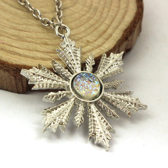 Once Upon A Time Girl White Snowflake Necklace & Pendant