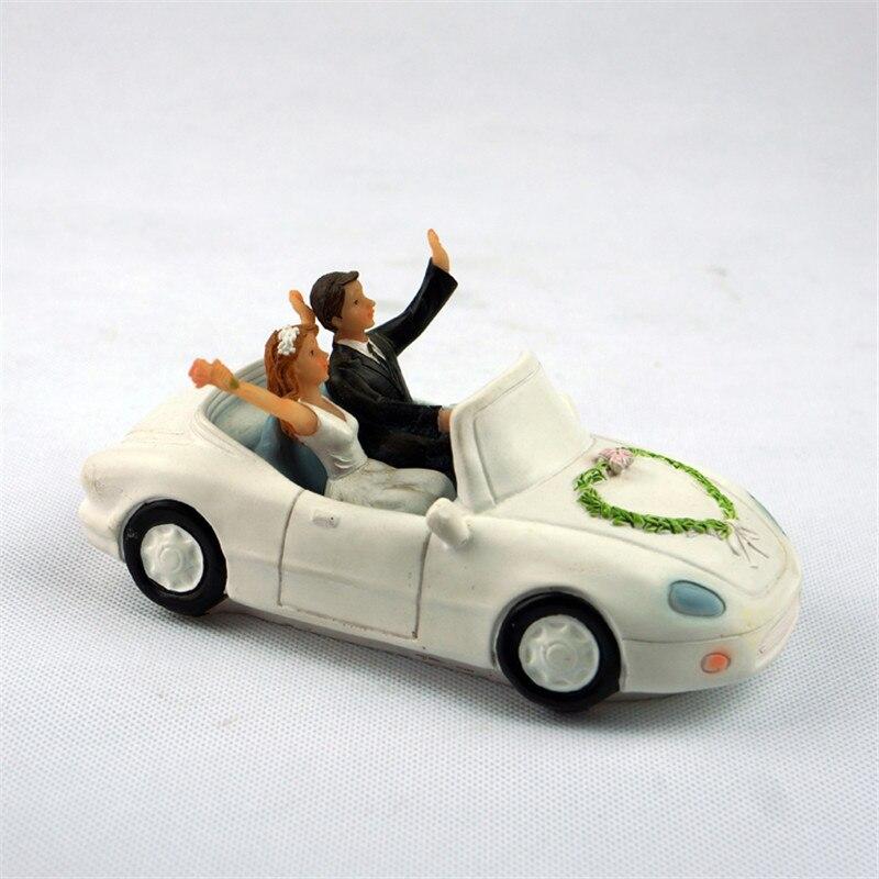 Wedding Couple In Car Stock Photo - Image: 52787047