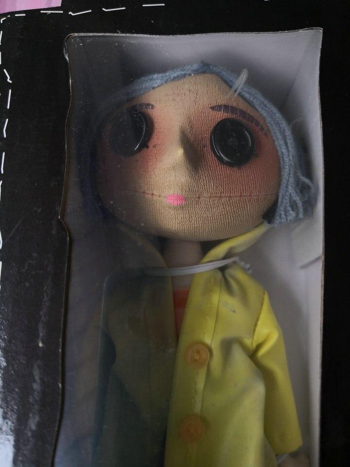 NECA jouets pour enfants Coraline & la porte secrète poupées figurine d'action 10 pouces la fille pitié boutons yeux-in Jeux d'action et figurines from Jeux et loisirs    3