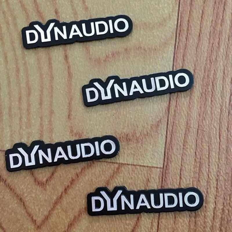 4X DYNAUDIO フェンダースピーカーアルミ 3D ステッカートランペットホーンサウンド文字のステッカー車のスタイリングフォルクスワーゲン VW CC ニュービートル