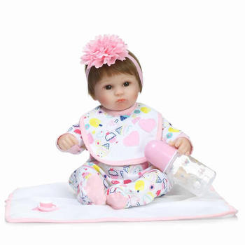 45cm Realistic Silicone Baby Dolls Reborn 17 Inch Gentle Touch Princess Newborn Babies with Clothes for Collection Kids Gifts