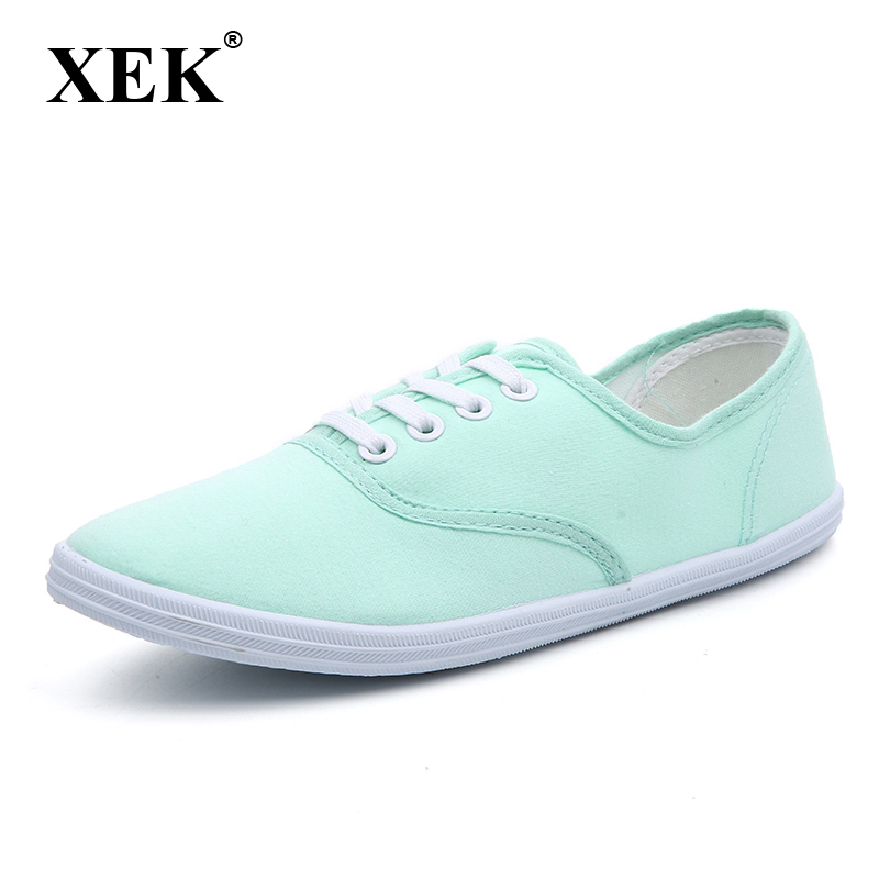 New fashion women canvas shoes breathable tide brand women flat shoes for woman shoes size 35-42 free shipping candy color women garden shoes breathable women beach shoes hsa21