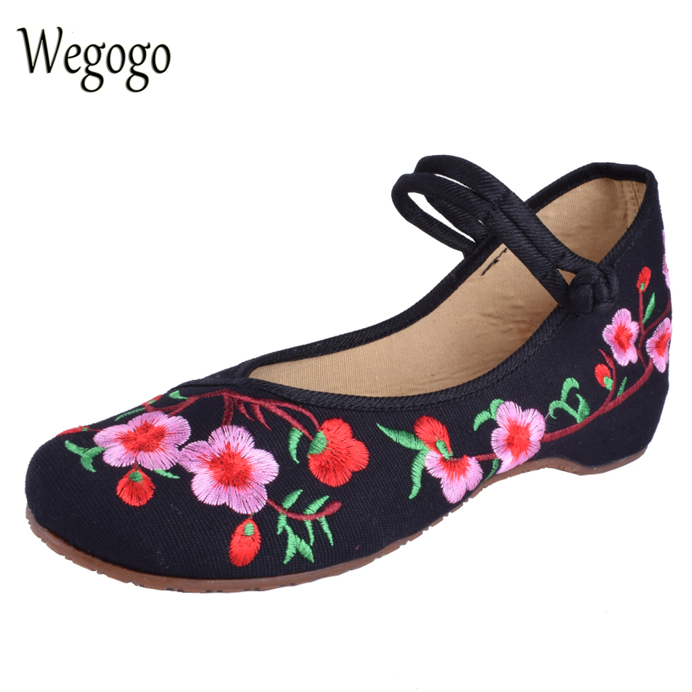 Wegogo Women Embroidery Shoes Chinese Style Flats Mary Janes Casual Red+Black Blue Soft Sole Old Peking dance Cloth Shoes canvas shoes women black red jazz shoes ballet dance shoes split heels sole sl02138b2