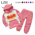 LZH Baby Boy Clothes 2017 Spring Infant Girls Clothing Hoodie+Pants 2pcs Baby Boys Outfit Suit Kids Batman Newborn Clothes Sets