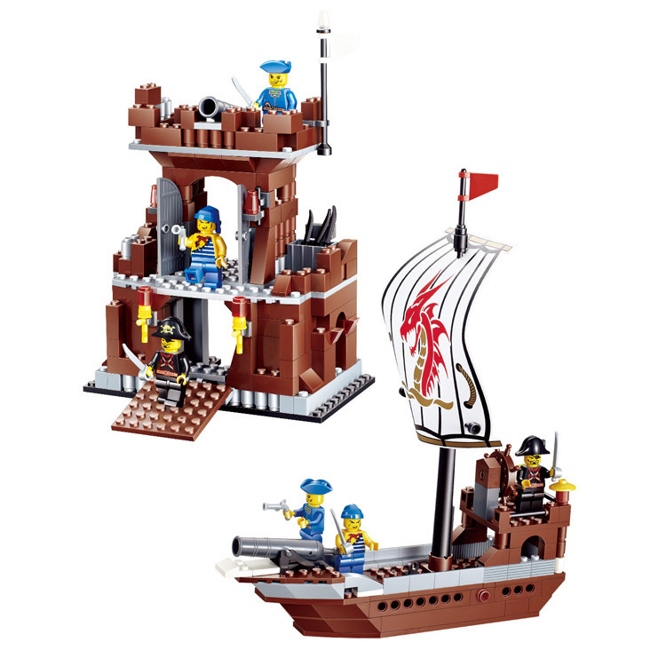 New DIY PIRATES Pirate ship Headquarters Base Enlighten Brick Building Blocks Toys scale models Legoe Compatible