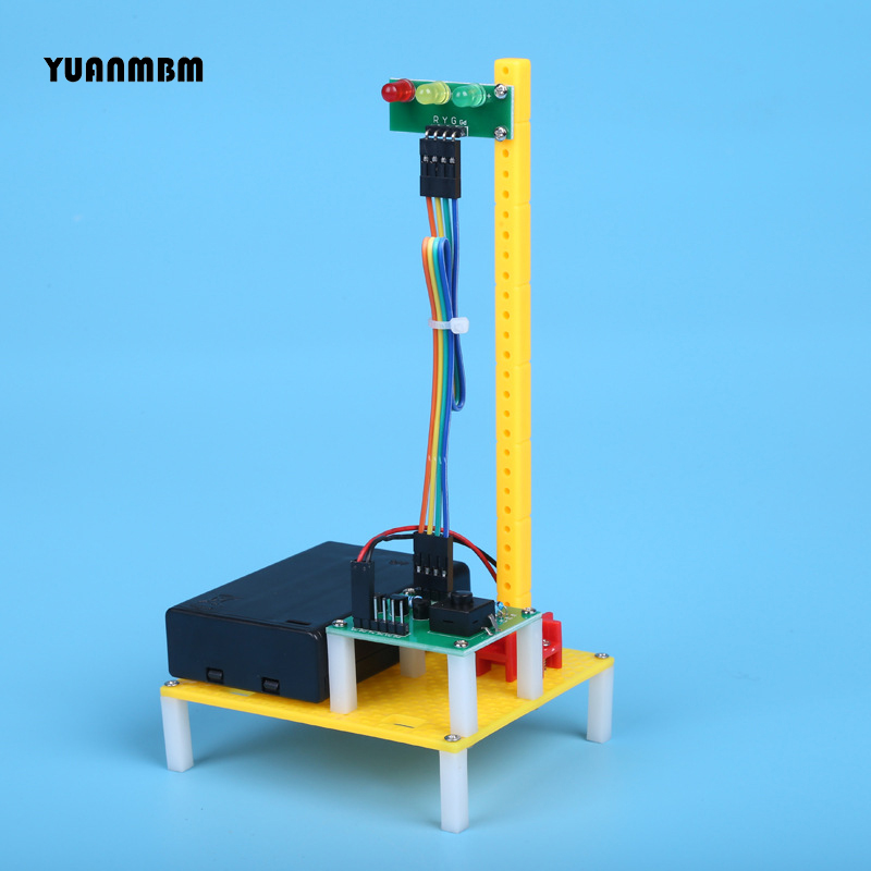Traffic light model/scientific physics experimental Educational toys/DIY technology production/puzzle/baby toys for children/toy