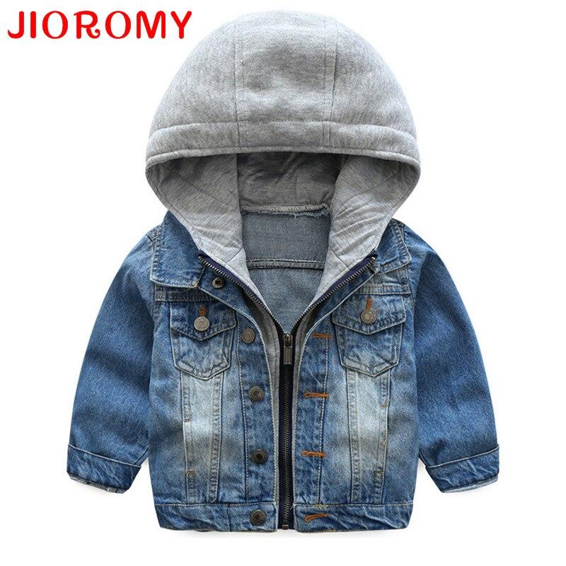 Jioromy для маленьких мальчиков пальто Новинка 2017 года Демисезонный мыть мягкой джинсовая куртка пальто на молнии с капюшоном Джинсы для женщи...