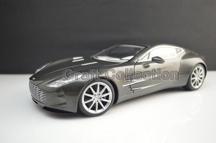* Black Pearl 1:18 Aston Martin One 77 2009 Sport Car Diecast Model Miniature Toys Alloy Gifts Collection Minicar