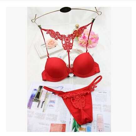 9d52a69f01fb4 US $4.99  Luxury black bra set small sexy lingerie set white red half cup  bra Underwire young girl bhs set secret dress t shirt bras C3406-in Bras ...