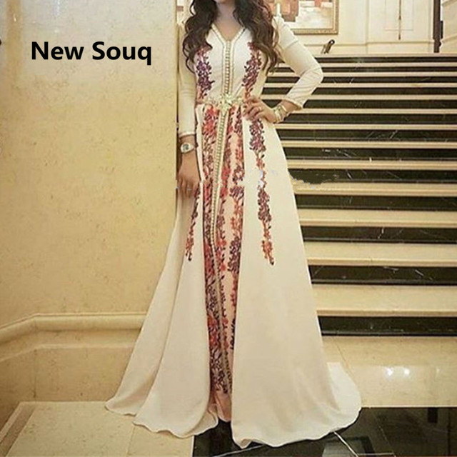 2019 Muslim A Line Appliques Evening Dresses Formal Prom Dress Long Sleeves Moroccan Kaftan Women Prom Party Gowns