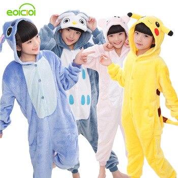 fe98523ede EOICIOI de franela nuevo pijamas de los niños Animal puntada Pikachu  Cosplay ropa de los niños ropa de dormir para niños niñas pijamas con  capucha