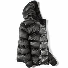 をマークレス冬のシームレスなダウンジャケットブランド服厚い 90% 白アヒルダウン防風暖かいコートフード付きパーカー男性と女性