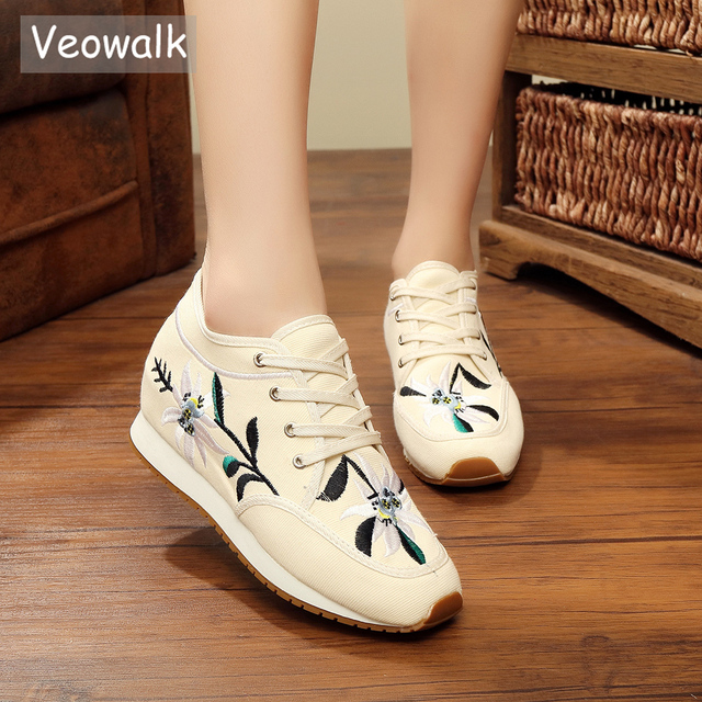 Veowalk Flower Embroidered Women Mid Top Lace up Canvas Platforms Shoes  Ladies Casual Soft Comfort Walking Flats Zapatos Mujer e41c9e97465c