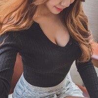Трикотажные сексуальная тонкая Хлопковая футболка Для женщин Длинные рукава глубоким v-образным вырезом Топы в Корейском стиле Для женщин ...